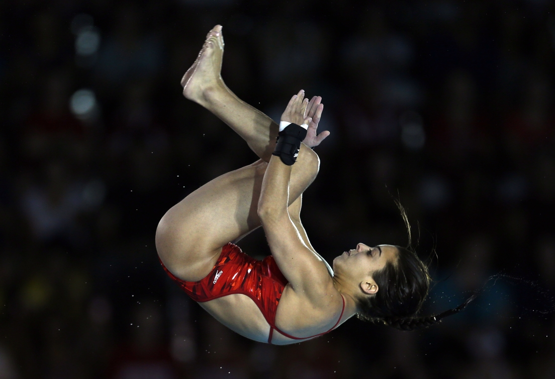 Meaghan Benfeito performs a group dive