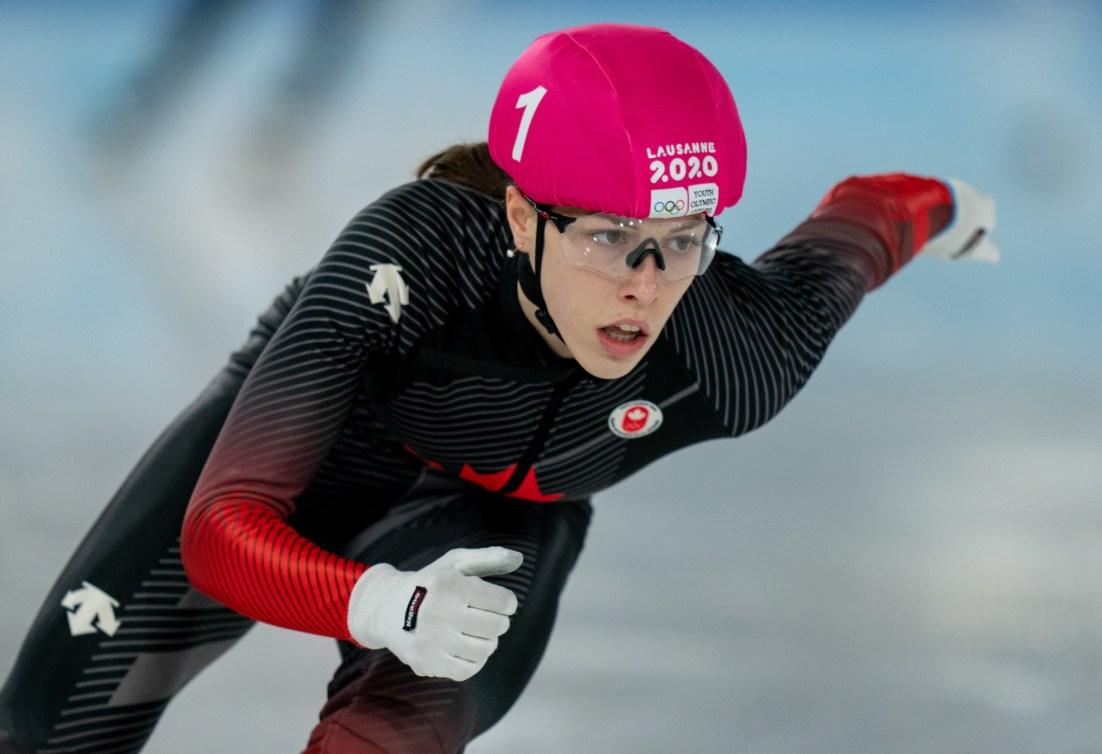 Florence Brunelle lors d'une course de patinage de vitesse