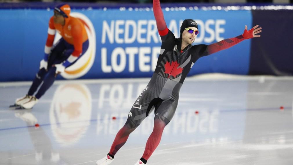 Laurent Dubreuil sacré champion du monde et l'argent en poursuite par équipes pour Équipe Canada