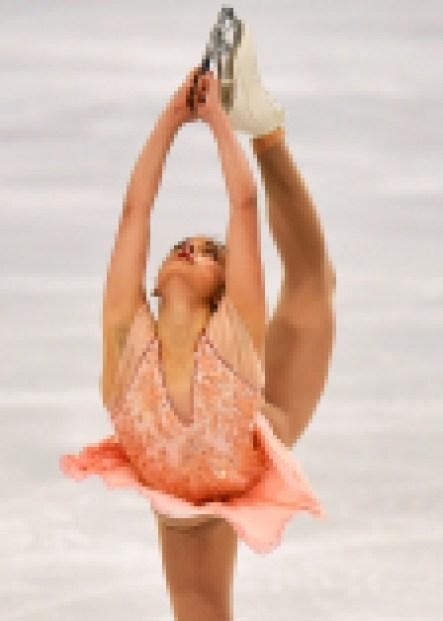 MMadeline Schizas du Canada durant le programme libre féminin aux Championnats du monde de patinage artistique à Stockholm, en Suède,Vendredi 26 mars 2021 (AP Photo/Martin Meissner)