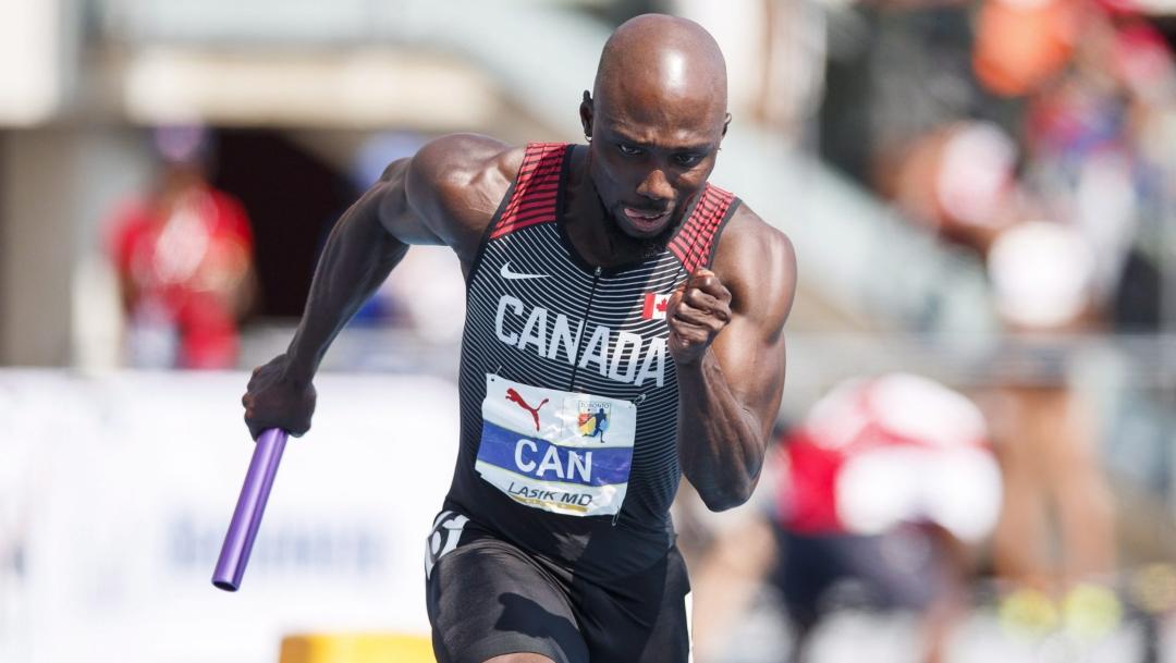 Un sprinteur en action au relais